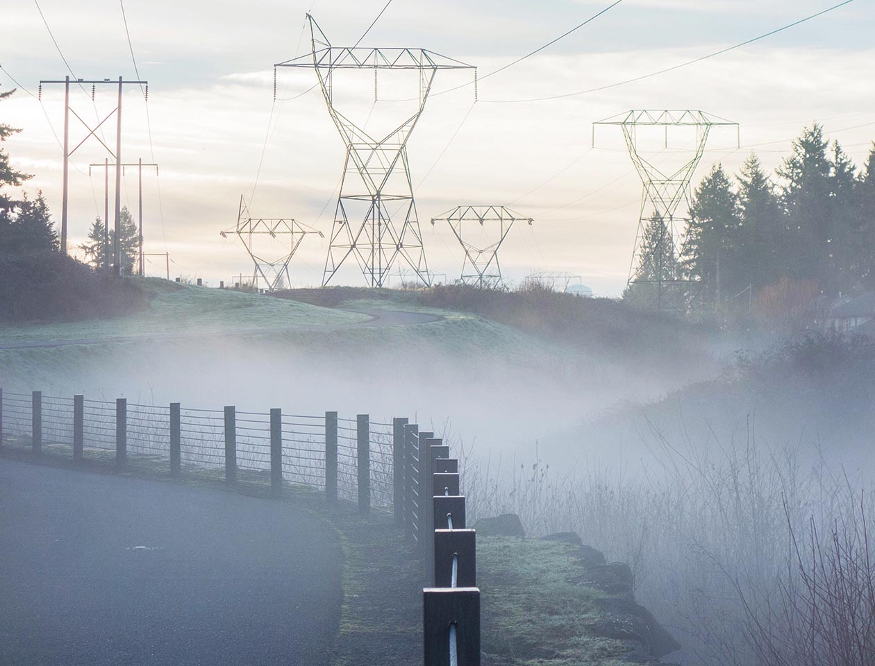 Pylons Mist